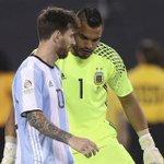 """""""Creo que Leo habló en caliente. No pienso en la Selección sin Messi. Seguramente lo pensará y volverá"""". Romero. https://t.co/7407tWCdbH"""