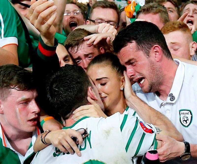 Ireland's goal hero against Italy, #RobbieBrady, finds fiancée in crowd. Her brother in tears. Class photo. #coybig https://t.co/ttpxGMuyDs