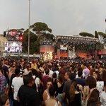 Il #CocaColaSummerFestival è iniziato! Tra poco... #LuceCheEntra! https://t.co/Ob4s8VbHzV