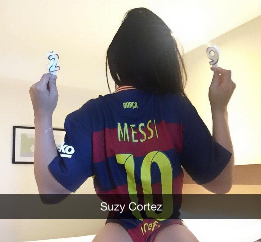 RT @Publisport_MX: #ImperdiblesPublisport #MissBumBum felicita a Lionel Messi con candentes fotos https://t.co/Kso2Kaw8GU https://t.co/7dwU…