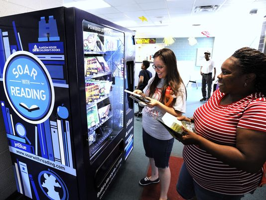 Vending machines give Detroit kids access to free books