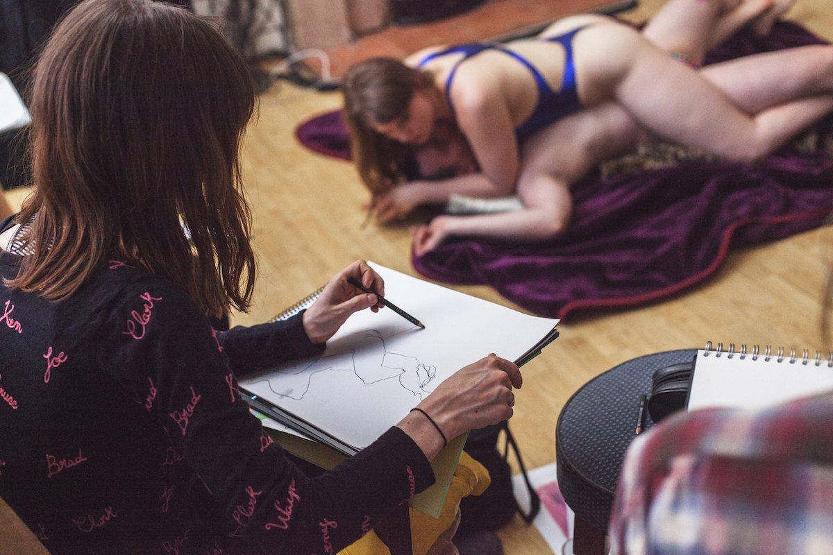 virgin girls fucking nude