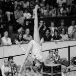 Jeux #Olympiques de #Montréal 1976 #Gymnastique Poutre Nadia Comaneci Médaillée dor https://t.co/GrmcMR90Uy