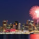 #CanadaDays fireworks in #Vancouver are going to light up the night this year! https://t.co/Y7UZTKuQgV https://t.co/OnChESyi24
