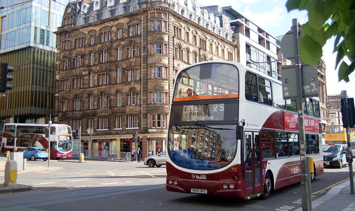 RT @on_lothianbuses: Edinburgh has been voted one of the easiest city's in the UK to travel in.  Do you agree? http…