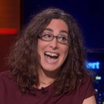 While we all celebrate Adnan getting a new trial, lets not forget that Sarah Koenig's tooth was the real victim here https://t.co/jvLmQxrAxw