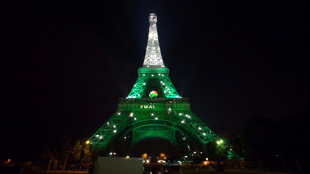Is…the Eiffel Tower being a leek? SUPERB. https://t.co/GGeMucgKSK