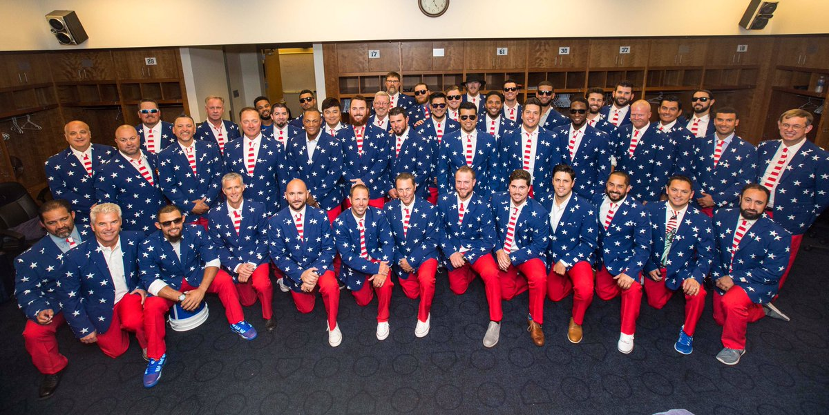 The Texas Rangers in their patriotic garb as they head from Minnesota to Boston. https://t.co/rvcMcPQkqD