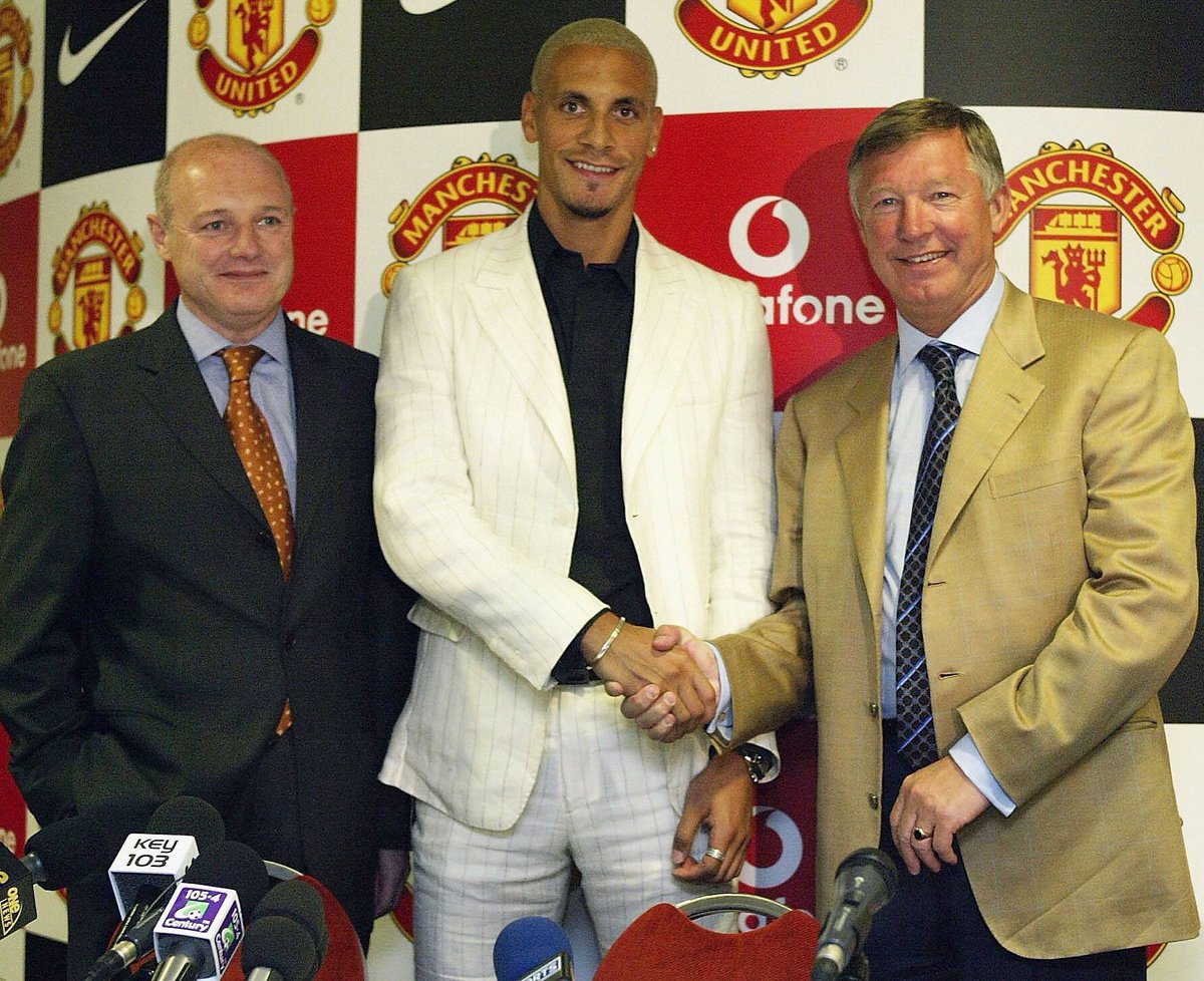 FIVE editor and chief @rioferdy5 signing for @ManUtd 14 years ago today! #MUFC https://t.co/F7T4Ds5VO8
