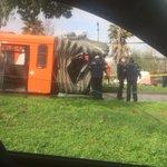 🔵 LO ÚLTIMO | Bus del Transantiago se parte por la mitad en Avenida Pajaritos, Maipu (foto @Negroplas) https://t.co/ai3eDjR4b9
