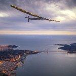 Самолет на солнечных батареях вернулся из кругосветки https://t.co/NTDHIT2zd6 https://t.co/HF9uWgolXS