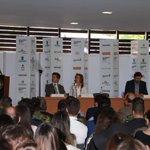 """""""Nos comprometimos a formar en el #SENA a 100 mil colombianos para el sector y estamos cumpliendo"""" #Colombiamoda2016 https://t.co/gceM6TNvud"""