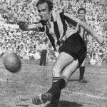 Un día como hoy pero de 1953 Peñarol vencía a Nacional 4-3 con goles de Romay, Pippo, Óscar Miguez y Galván https://t.co/AlOmkjIYpz