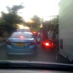 @e100ss jalan pirngadi padat hampir tidak bisa jalan https://t.co/L0DSKwDsx9