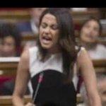 """La """"Falangita de Jerez"""", por Bulerías en el Parlament. OLE!!💃 O es alergia a la democracia, como parece? #TotsSom72 https://t.co/RZfI7bYE0b"""