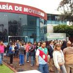 #TiempoReal Evacuan edificio de iepcjalisco e instalaciones de MovilidadJal por #sismo https://t.co/FPrDMjLgxi