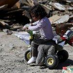 La crisis del país lleva a los niños a pedir dinero para comer https://t.co/GVcClU5t1i https://t.co/3KPtDRjMpV