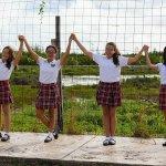 ¿Qué Secundaria en #Cancún me recomiendas? Más de 40 años respaldan al #ColegioBritanico Tel. 884-1295 #Colegios https://t.co/uHgvOLXeS3