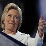 Hillary Clinton: No construiremos un muro, construiremos una buena economía https://t.co/6eLhD2Bff9 https://t.co/RNqIPwfh7F