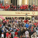 On left, Corbyn in York. On right, York City parade in same square. Conclusion: Corbyn bigger than the FA Trophy. https://t.co/kcK9wOTB54