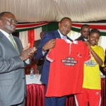 Uhuru launches ambitious strategy to reduce HIV infections in young people