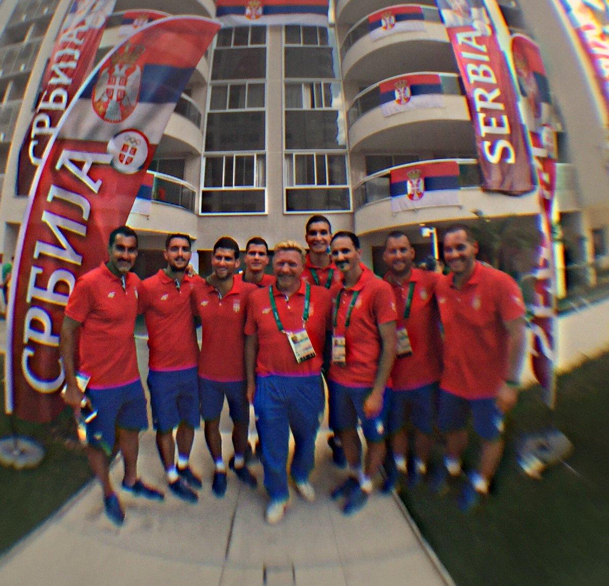 @DjokerNole @troicki_viktor @TheBorisBecker #TeamSerbia #tennis  2 guys from a different sport as well Who r they https://t.co/nxnfoWYw2W