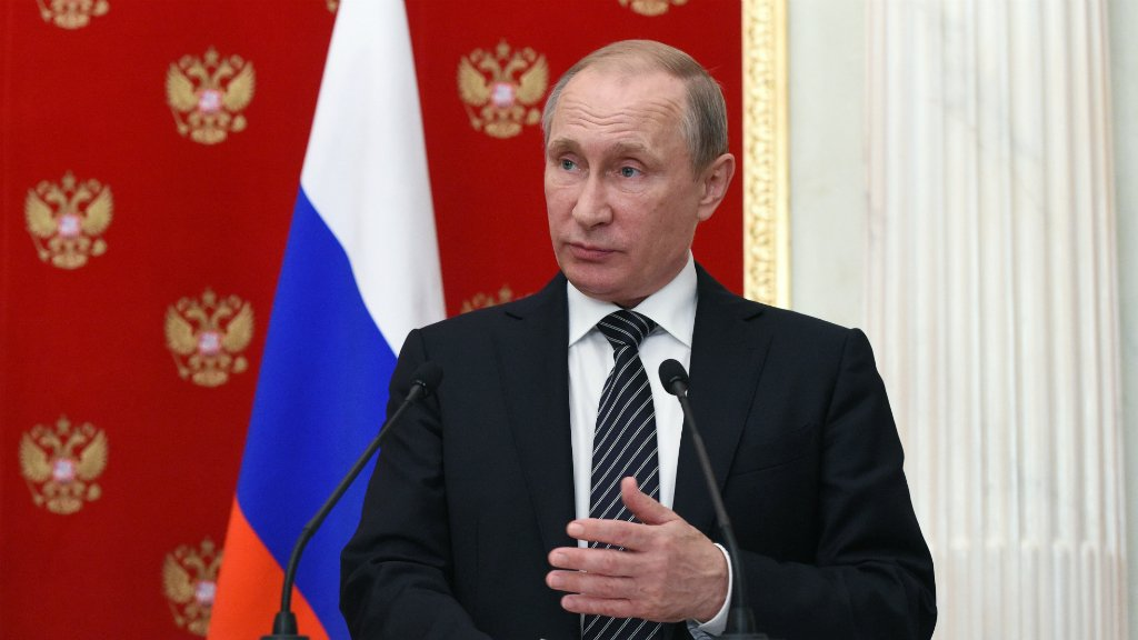 Putin accuses Ukraine of Crimea 'terror' campaign
