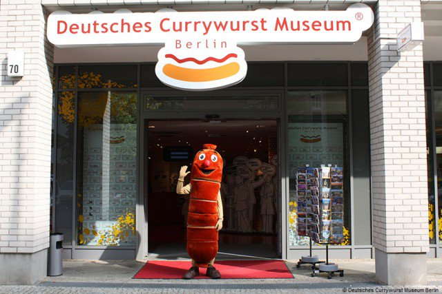 6 European museums where you're encouraged to eat the displays!