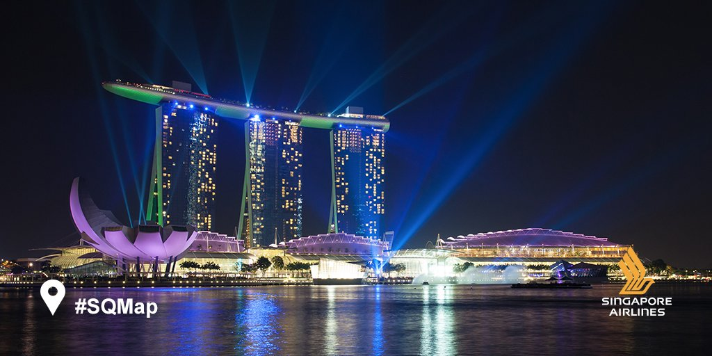 In Singapore for F1®? Try our top 10 night activities to LightUptheNight: