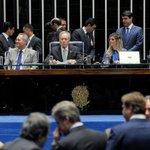 """Pendências na Justiça: Réus, cassados e até condenado viram """"juízes"""" no impeachment de Dilma https://t.co/MSBO6Od42W https://t.co/avRq3V4ZVT"""