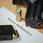 Fast 12 000 registriert | Kleiner Waffenschein in Berlin sehr gefragt