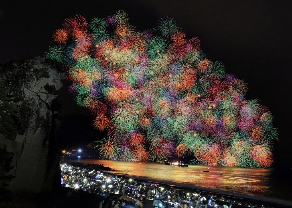 #三重 #熊野大花火大会 #獅子岩 #fireworks https://t.co/bdeD9HrZHo