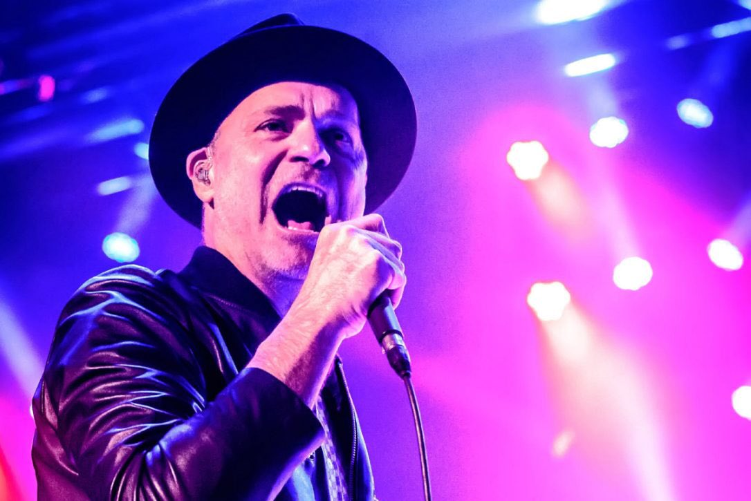 Did you know? @gorddownie, lead singer of @thehipdotcom was a Scout! #TheHip https://t.co/2XQ8kSfGF7