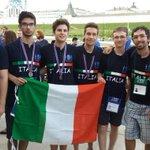 Olimpiadi dell'informatica, l'Italia conquista due argenti e un bronzo https://t.co/uaLxVoTkNB https://t.co/uYdBbaXsYv