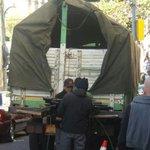 #ÚLTIMO Decenas de policías salen bien equipados desde la UTOP al punto de bloqueo de cooperativistas #Bolivia https://t.co/VWHgt4F0i0