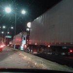 La retención de camiones en Hacienda Blanca ha bloqueado completamente la circulación #viasalternas #evitelazona https://t.co/DU6jFaCruD