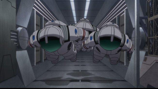 冷凍冬眠との形で一度エイジが死んだような身にもなっている故に出来た作戦ではないかと思ったり。無人の宇宙服を敵の目につく所