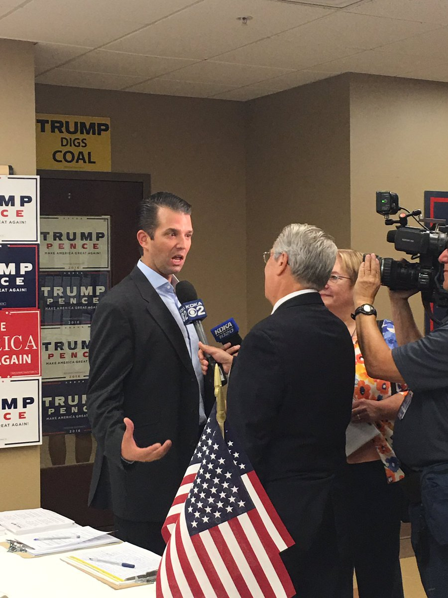 .@DonaldJTrumpJr  having the best time. Working hard to earn the trust of PA voters. https://t.co/ApXoiXPpBE