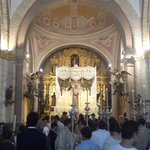 A punto de salir la Virgen de la Paz en el traslado a la Catedral | #CoronacionPazSevilla https://t.co/inWN5PeCwY