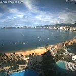 #diamundialdelturismo #Acapulco Mágicos Colores Iniciando la Mañana, despues de una refrescante lluvia, El #Sol aparece via @webcamsdemexico https://t.co/jrFsyU4jNz