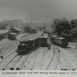1910: A passenger steam local leaving Bandra station #IndianRailways https://t.co/6DmQO7Fao1