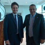 Con el Canciller de Ecuador@GuillaumeLong buscando el consenso en OPEP por un equilibrio en los precios del petróleo https://t.co/cMcZ5MreiA