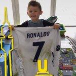 """Aubameyang sur Instagram: """"Cristiano, merci, tu as rendu mon fils heureux !"""" https://t.co/shbg41qBXX"""
