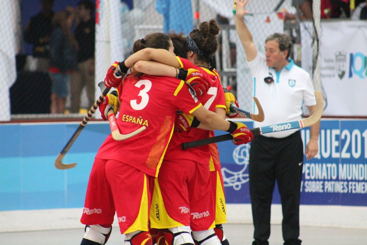 #Iquique2016 | España se clasifica para las semifinales del Campeonato del Mundo Femenino https://t.co/jgZnkR9dkJ https://t.co/cSk1dPZR6y