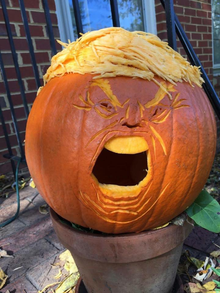 I have no idea who is responsible for this Trumpkin. It's wonderful. https://t.co/VilR9Bellv