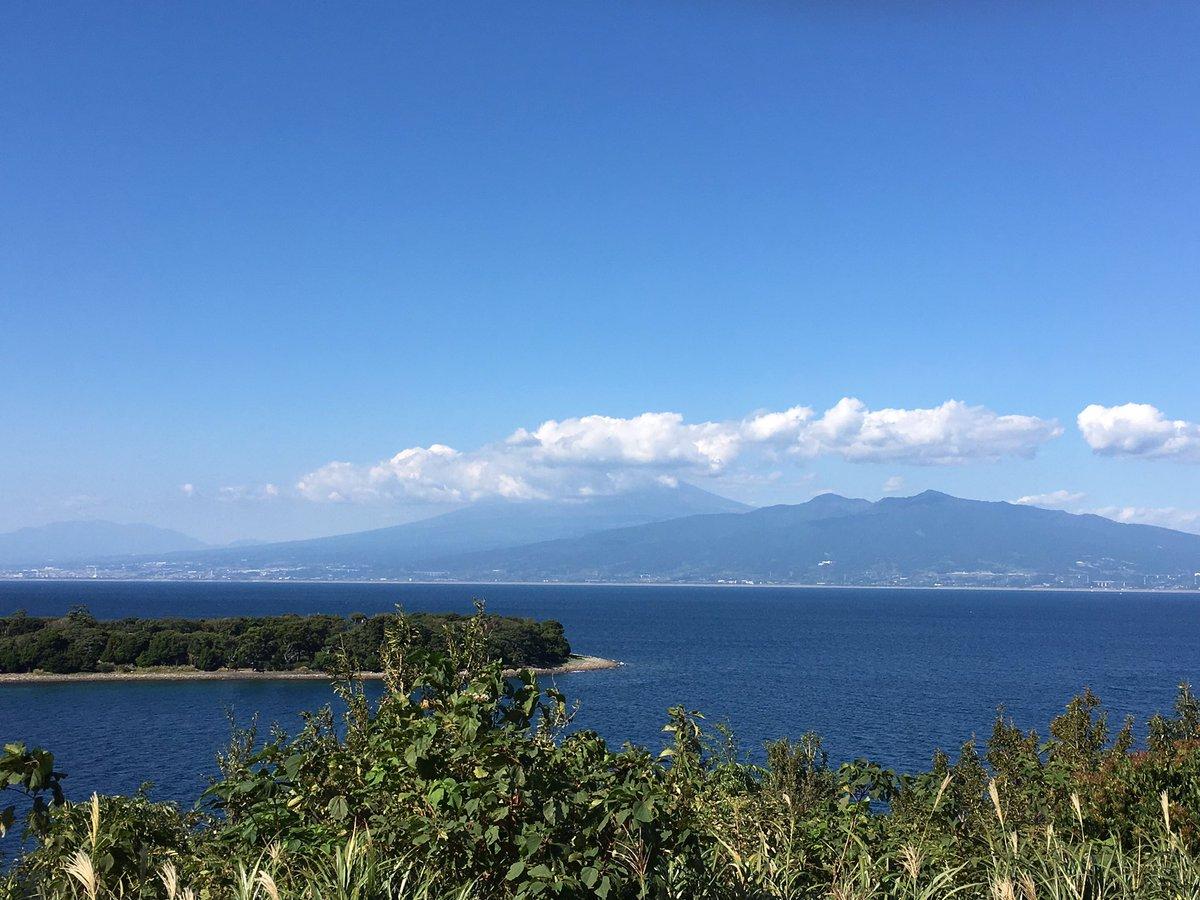 現在、県道17号を全速前進ヨーソロー!「あまんちゅ!」の最終回の海洋実習の舞台となった沼津の大瀬崎が見えました。