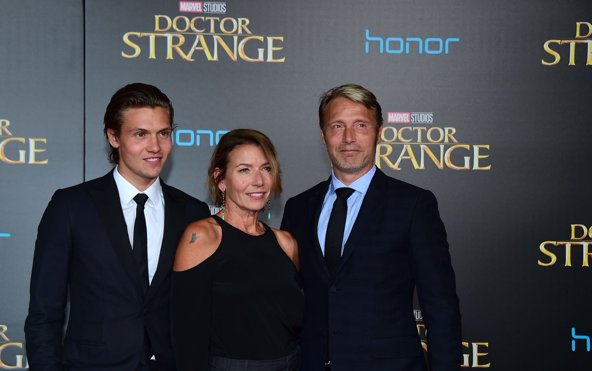 #DoctorStrangePremiere