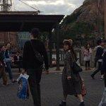 神田沙也加と村田充のディズニーシーデートをキャッチ。村田充さんは後ろ姿でもわかりやすいですね。結婚前提という噂も・・・#