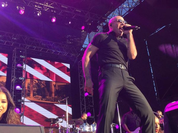 Miss the show last night? The #iHeartFiesta comes to @telemundo at 6PM ET #Dale https://t.co/ZhhbsLtUyF