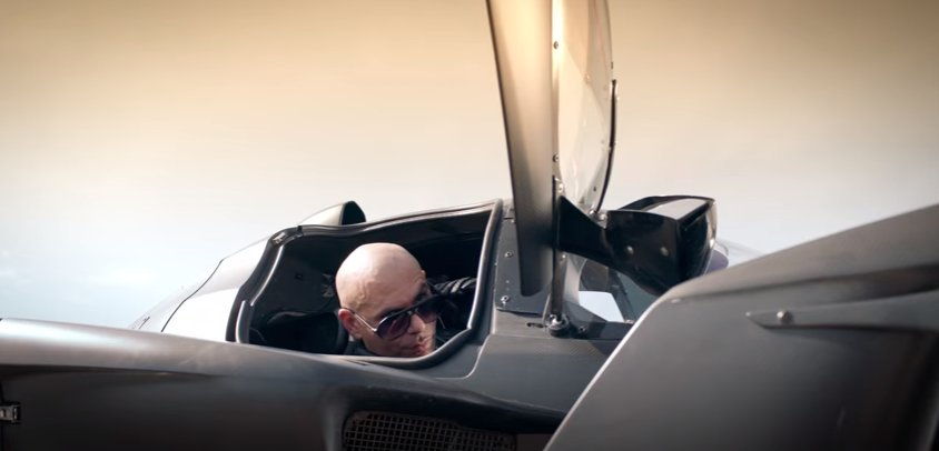 Ready to ride to Abu Dhabi #TravelTuesday #PitbullAtF1 #AbuDhabiGP #Dale https://t.co/e7G4LGkP5o